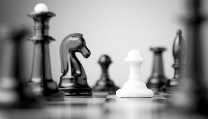 chess strategy pieces